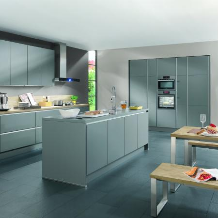 Nobilia Laser Wood Look and Lacquer Handleless Kitchen