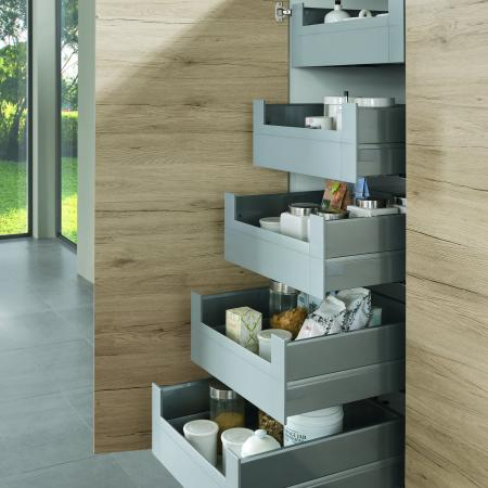 Nobilia New York Riva Full Height German Cupboard Pullouts