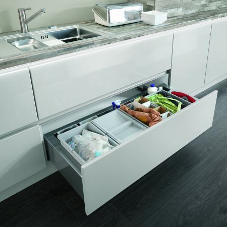 Nobilia Lux divided kitchen drawer storage